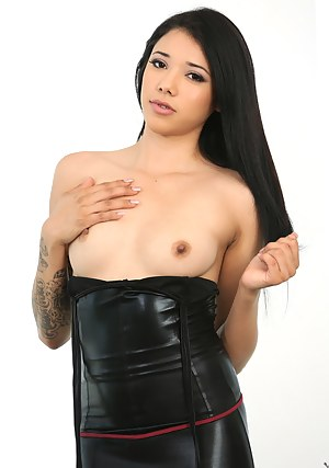 Nude Teen Leather Porn Pictures