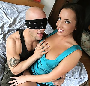 Nude Teen Blindfold Porn Pictures