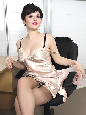Nude Pinup Teen Porn Pictures