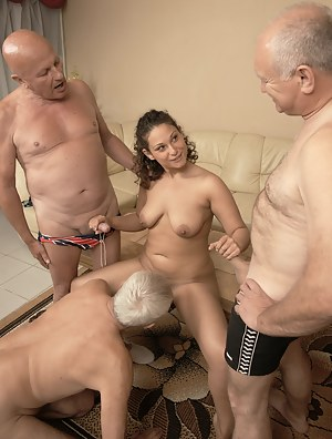 Nude Teen Foursome Porn Pictures