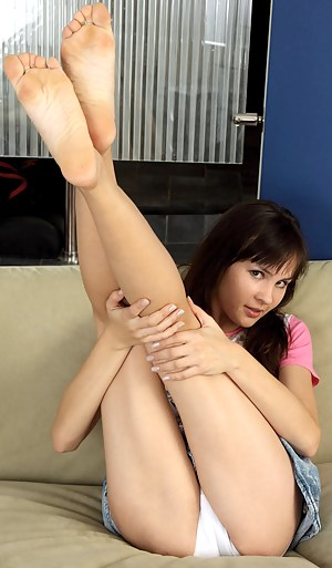 Nude Teen Foot Fetish Porn Pictures